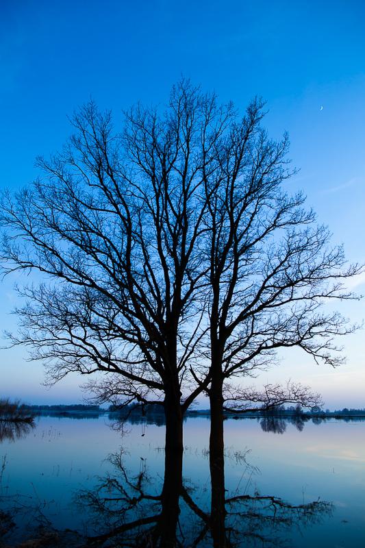 Vakars uz ezera :)